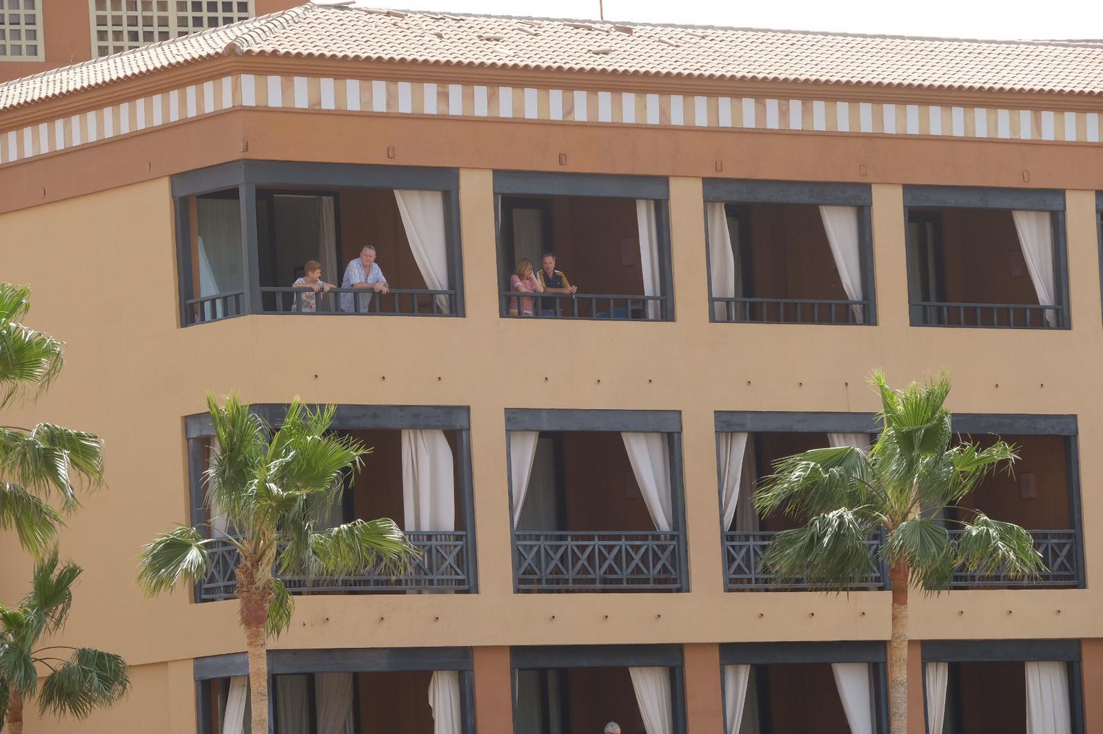 hotel adeje coronavirus 8