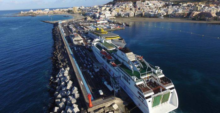 El dique del Puerto de Los Cristianos será reforzado para prevenir los temporales