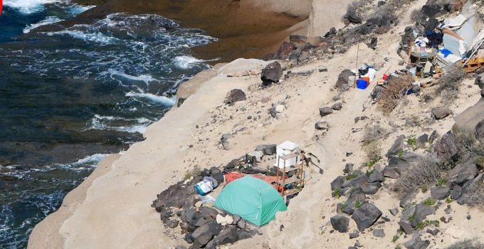 Vuelven a proliferar chabolas y casetas en el entorno de La Caleta