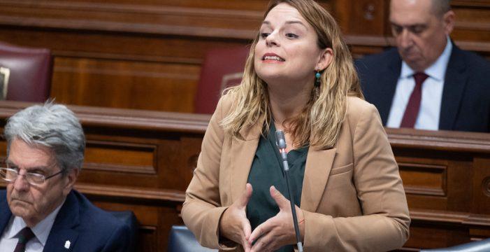 """Noemí Santana reprocha a la alcaldesa de Mogán su """"populismo fascista"""" ante la crisis migratoria"""