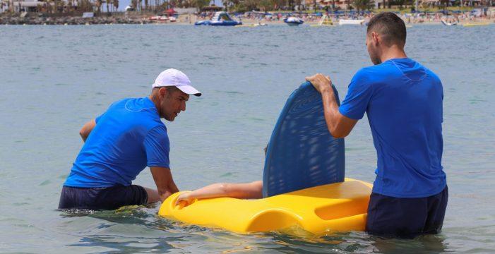 La playa de Los Cristianos contará con una plataforma de baño asistido