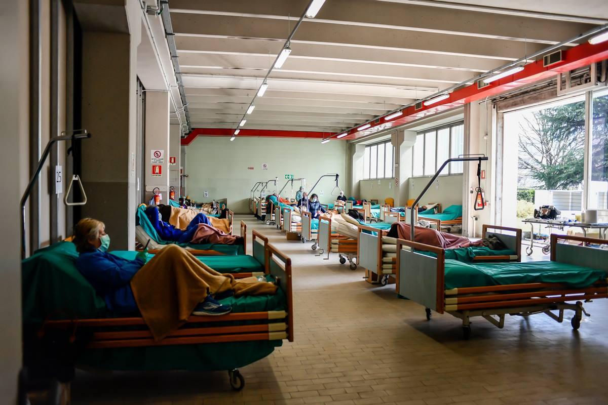 Resultado de imagen de coronavirus hospitales de italia
