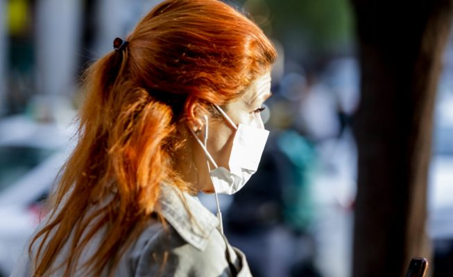Usar mascarilla será obligatorio en Cataluña a partir del jueves, incluso con distancia social