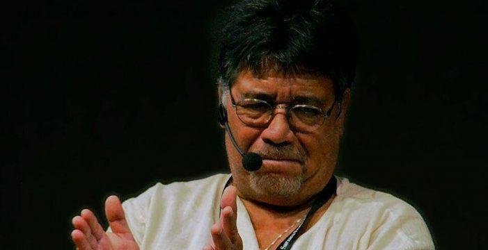 El escritor Luis Sepúlveda, en estado grave por el coronavirus
