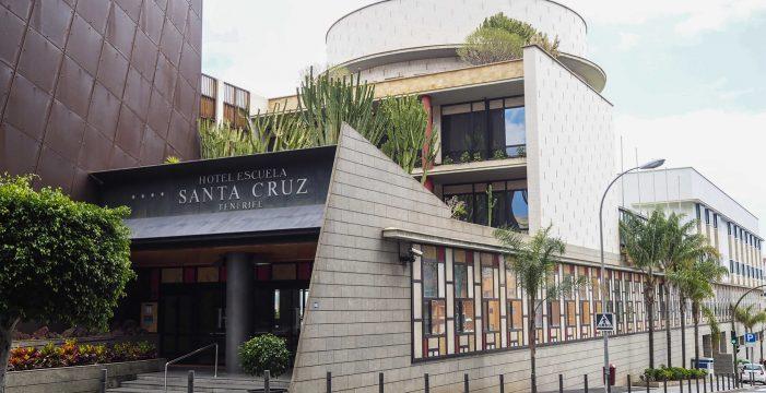 El Hotel Escuela de Santa Cruz recibe afectados por coronavirus