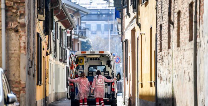 Italia suma otros 800 muertos y más de 2.000 casos pero los contagios se están ralentizando