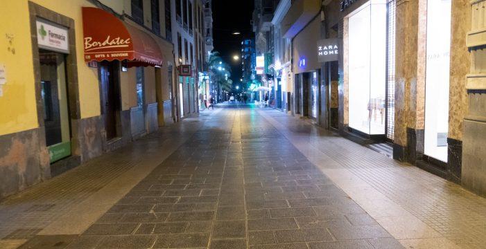 Tenerife 'se queda en casa': así lucen las calles de Santa Cruz y La Laguna