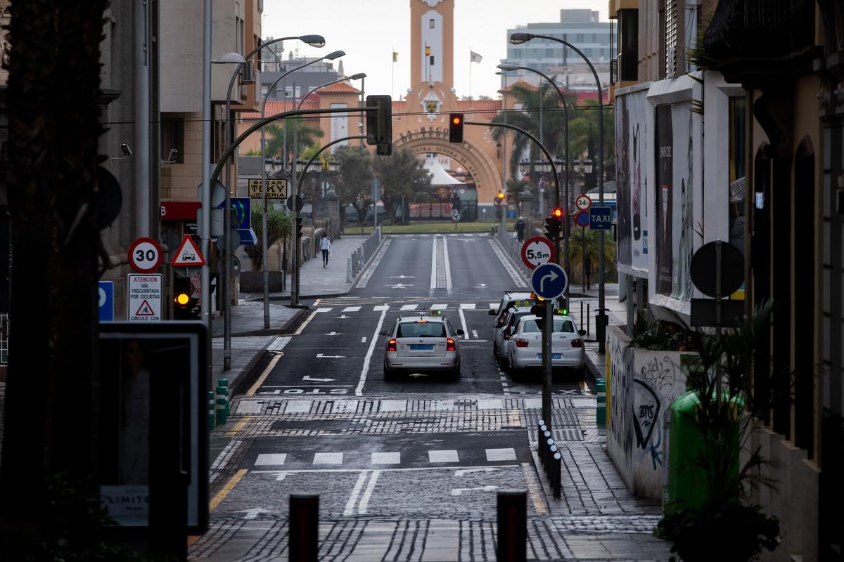 Calles de Santa Cruz de Tenerife durante el estado de alarma por coronavirus| FRAN PALLERO
