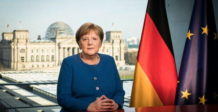 """Merkel confirma que la UE tendrá un pasaporte de vacunación """"para verano"""""""
