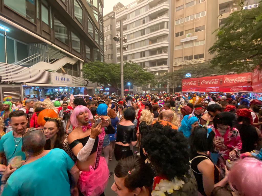 El primer Carnaval de Día se celebró el 23 de febrero con fuerte calima. DA