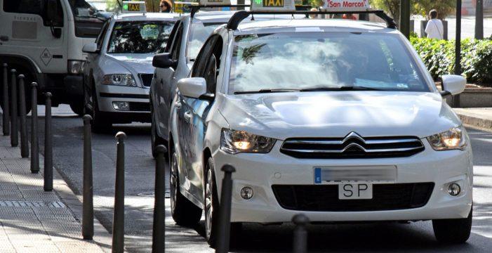 El Consistorio capitalino limita al 25% la circulación diaria de taxis