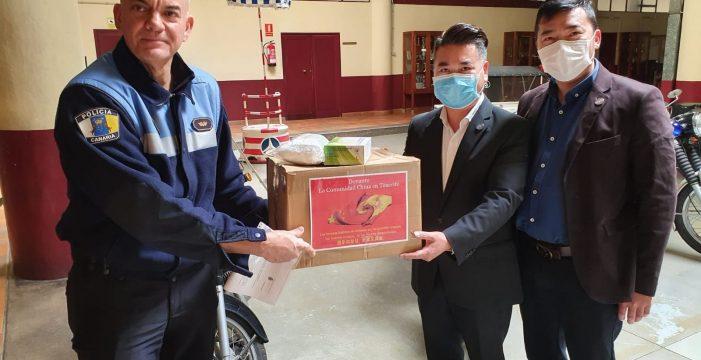 Donan 1.200 mascarillas al Ayuntamiento de Santa Cruz y la Policía Local
