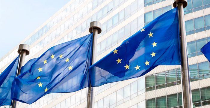 Los ministros de Sanidad de la UE se reúnen de urgencia sobre la seguridad de la AstraZeneca