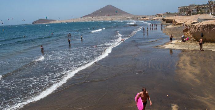 Granadilla autoriza el baño en El Médano tras desaparecer la bacteria E.coli