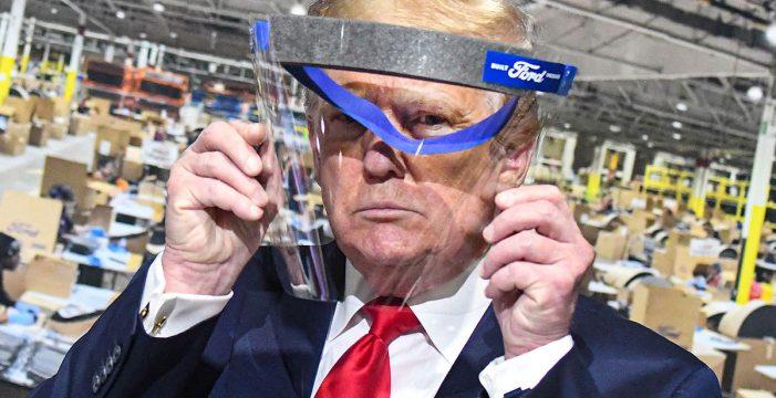 """Trump dice que no va a dar a la prensa """"el placer"""" de verlo con mascarilla"""