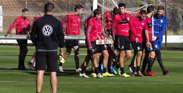 La victoria, único objetivo para Tenerife y Racing de Santander