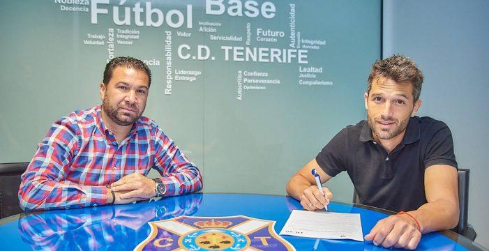 Cordero convence a Aitor Sanz para que renueve una temporada