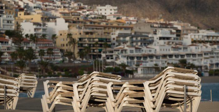 Las pernoctaciones hoteleras se desploman un 92,2% en Canarias en enero