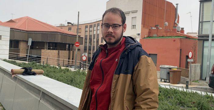 Condenan al rapero Pablo Hasél a seis meses de prisión por agredir a un periodista de TV3
