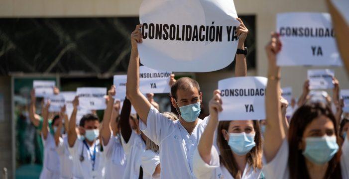El Colegio de Médicos de Tenerife pide la consolidación de las plazas de los facultativos temporales