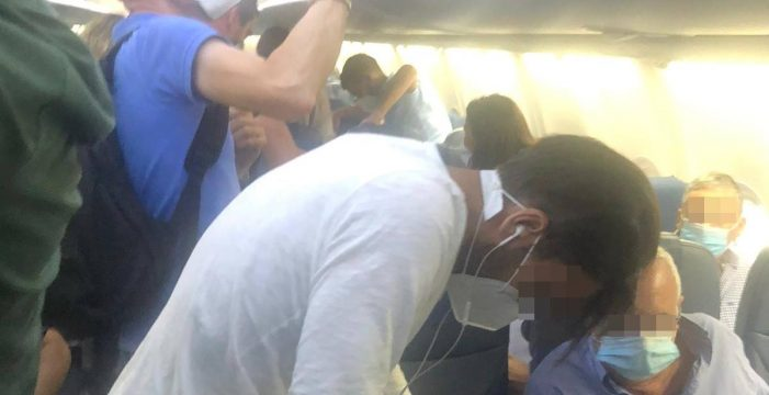Cabreo 'monumental' de 180 pasajeros de un vuelo Tenerife-Madrid: más de una hora esperando a salir del avión