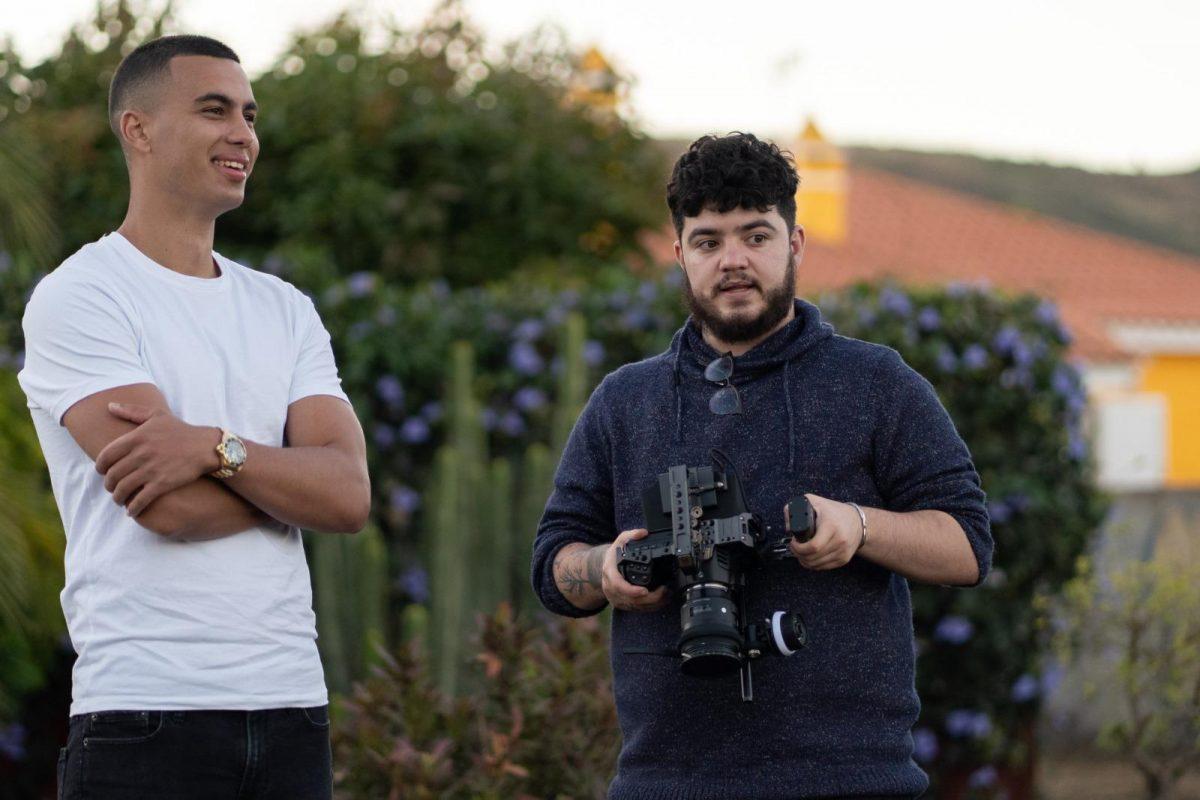 Daniel Frías junto al cámara Javi Doria. DA