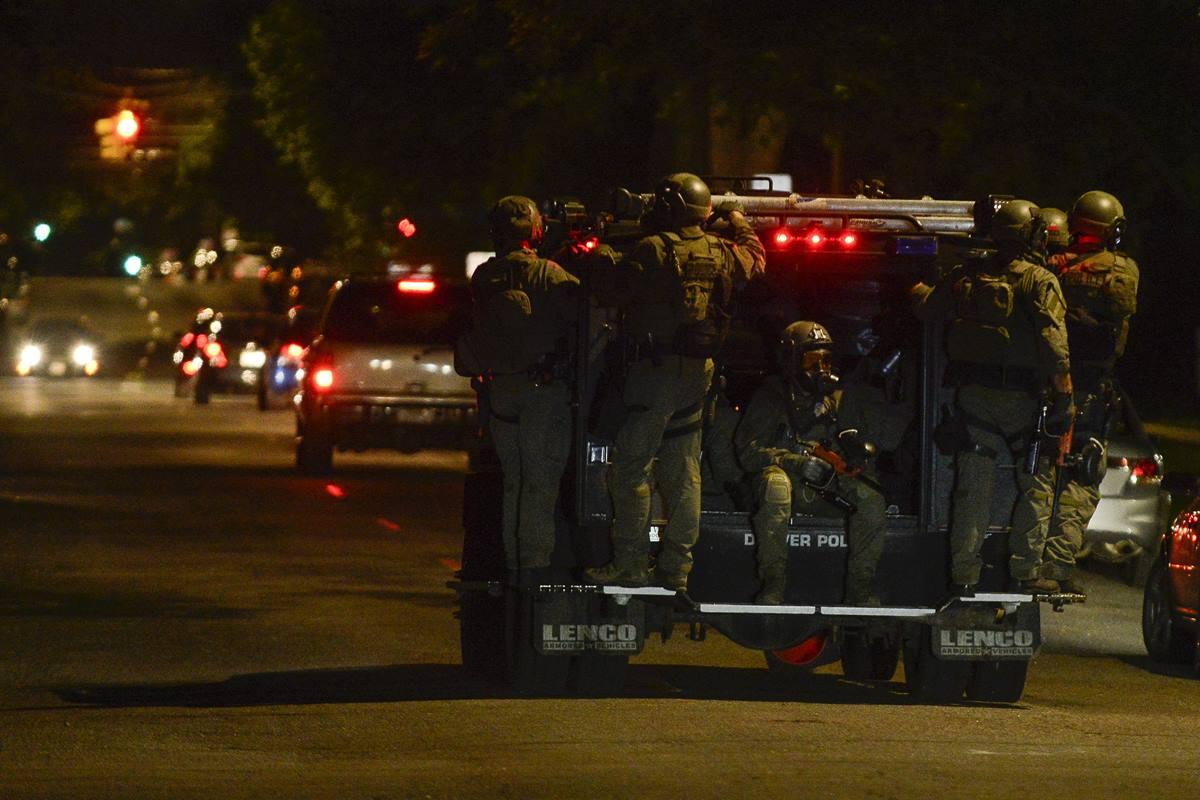 Efectivos militares en Colorado. Michael Ciaglo/Getty Images)