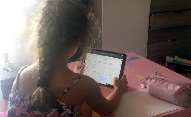 Alba, la pequeña heroína que salvó a su madre con una llamada al 112