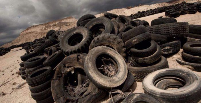 La desaparición de los neumáticos de Arico, pendiente de la licencia municipal