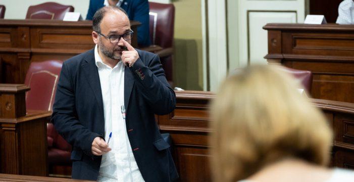 El Ejecutivo hace suyo el discurso crítico contra el hotel de La Tejita