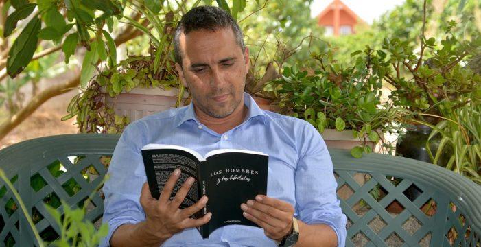 Iván Vera saca su segunda novela: 'Los hombres y las libélulas'