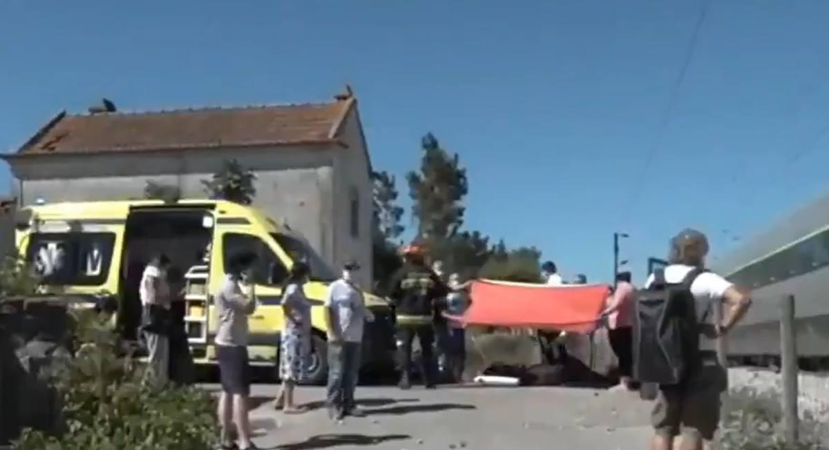 Al menos un muerto y 30 heridos por el descarrilamiento de un tren de alta velocidad en Coimbra. Twitter
