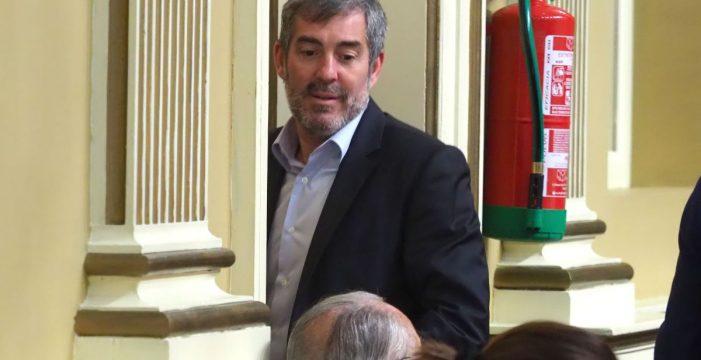 Clavijo cede ante los líderes insulares  de CC para ser secretario general
