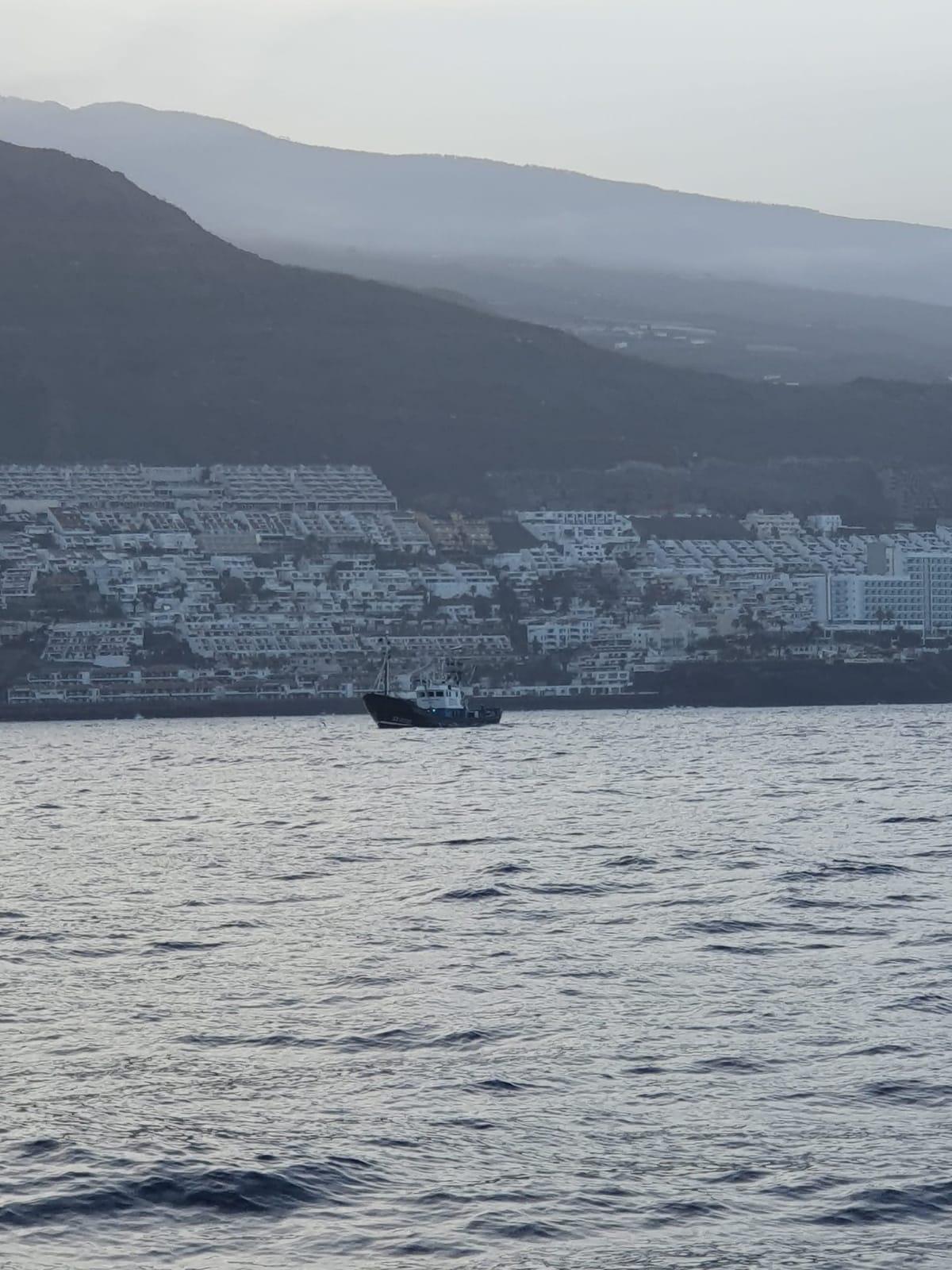Barco pesquero que hizo de supuesto buque nodriza