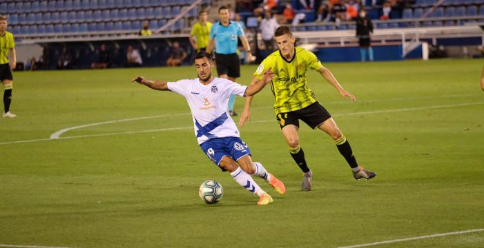 Punto trabajado para el Tenerife frente al Zaragoza (1-1)