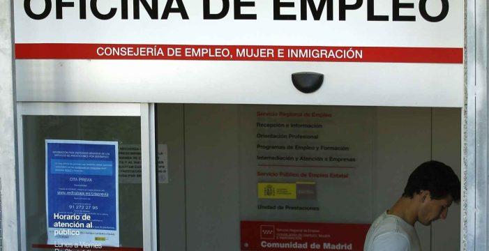 El paro registrado subió en 1.873 personas en Canarias