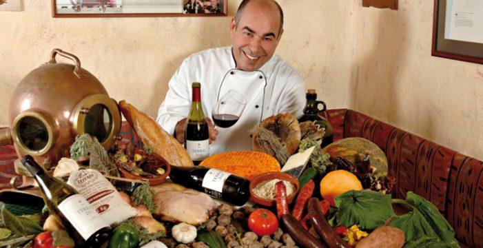 El chef Mario Torres, un referente de la gastronomía canaria, muy grave