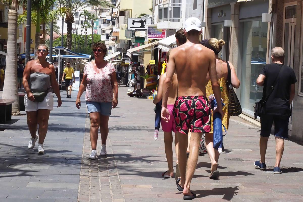 Turistas en el sur de Tenerife. Sergio Méndez