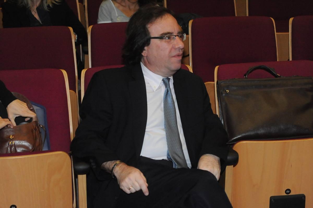 El doctor Amós García Rojas. DA