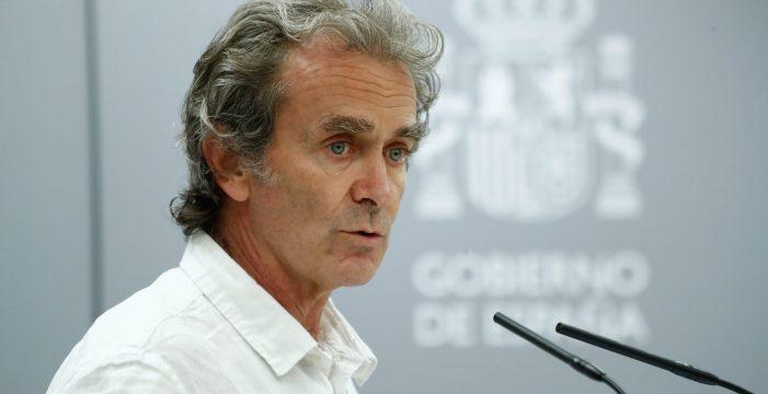 España mira 'de reojo' decretar más restricciones, y Canarias, también