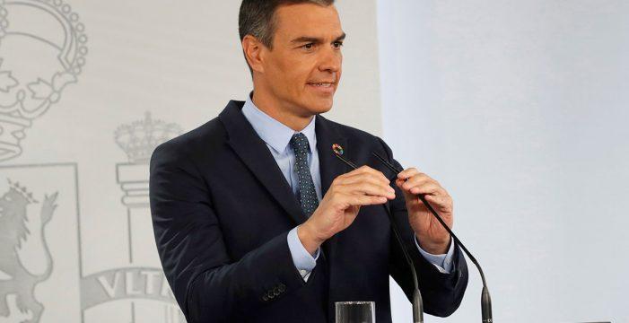 Sánchez ofrece a las comunidades un estado de alarma 'a la carta' y rastreadores del Ejército