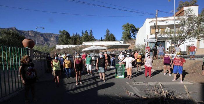 Detenidos dos vecinos de Tunte por las barricadas contra los inmigrantes