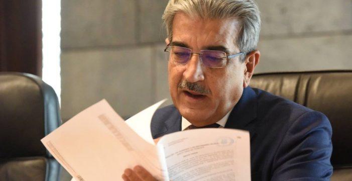 """Canarias prepara los presupuestos """"sin tocar"""" la fiscalidad y con 1.000 millones menos en ingresos"""