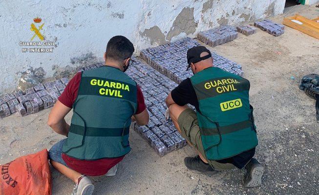 Desarticulan una organización criminal radicada en el norte de Tenerife que introducía hachís en Canarias