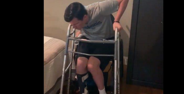 Tres años después de quedar tetrapléjico, logra levantarse por sus propios medios