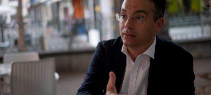 El Consejo de Urbanismo propone facilitar la implantación de hoteles y supermercados
