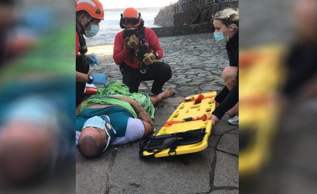 """""""Vi la cabeza de David alejarse bajo el agua"""": susto en la playa de Las Bodegas"""