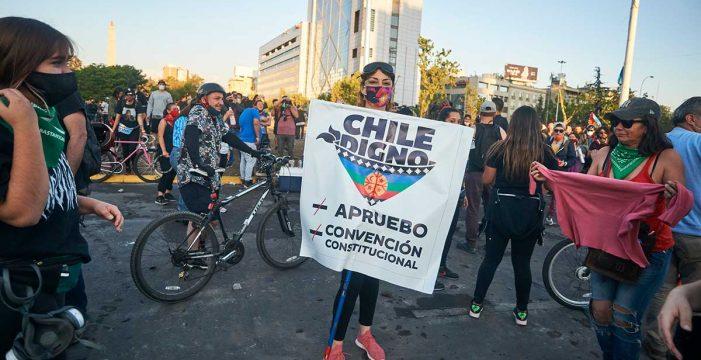 Chile aprueba con más del 78 por ciento poner fin a la Constitución de Pinochet