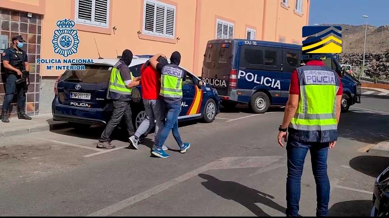 Prisión para dos yihadistas de Melilla y Las Palmas que reclutaba mujeres buscando hijos de varios maridos