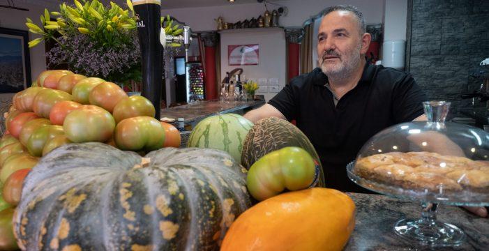 El restaurante El Líbano, 40 años de gastronomía en Santa Cruz